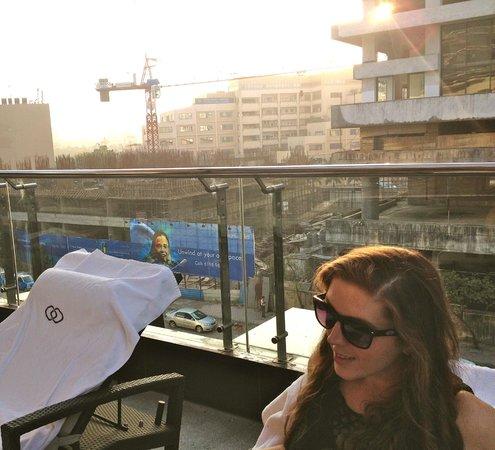 Sofitel Mumbai BKC :                   View surrounding pool area