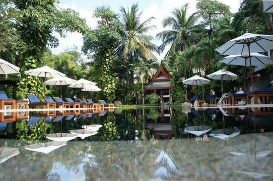 Salathai Resort: Pool and surrounds, Salathai
