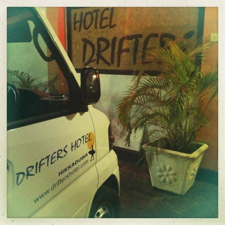 Drifters Hotel and Beach Restaurant:                   Drifters