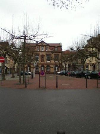 Rathaus Rastatt:                   Rathaus von hinten
