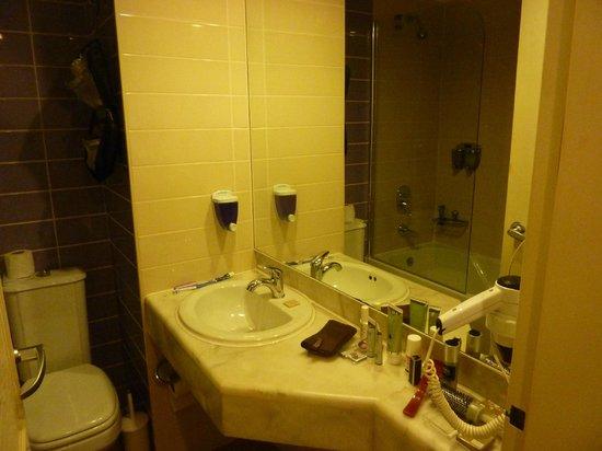Antik Hotel Istanbul: bagno in camera