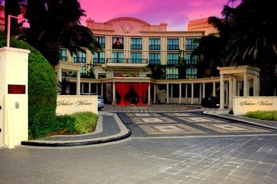 Palazzo Versace:                   Hotel