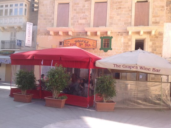 The Grapes Wines Bar:                   The grapes wine bar
