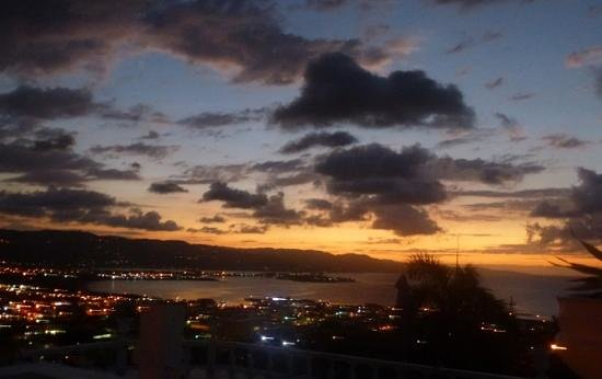 Richmond Hill Inn:                   evening view mobay