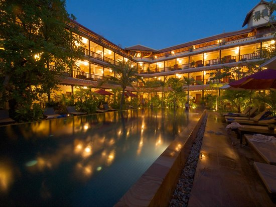 Siddharta Boutique Hotel: Pool side & Hotel view