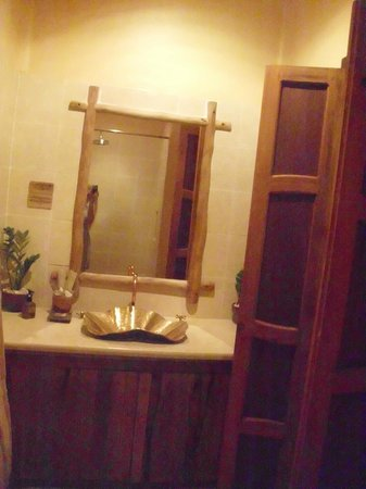 Mia Resort Mui Ne:                   bathroom