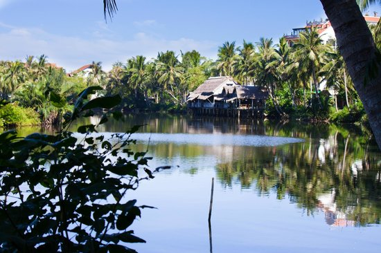 Hoi An Riverside Resort & Spa:                   View from the restaurant
