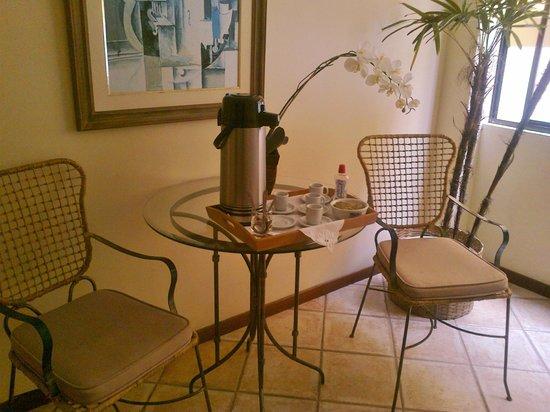 Gaivotas Praia Hotel:                   Sala cafezinho