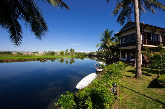 Hoi An Riverside Resort & Spa:                   View from the pool