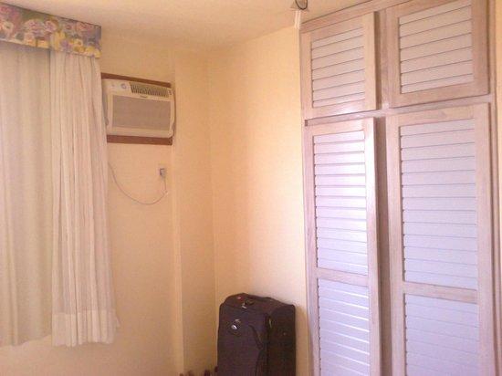 Gaivotas Praia Hotel:                   Quarto amplo