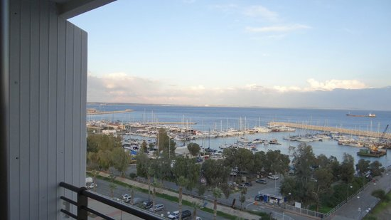 Sun Hall Hotel: View of the marina from my room
