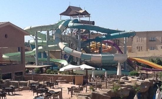Coral Sea Aqua Club Resort: the slides:-) best holiday ever !!!!