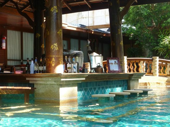 Sawasdee Village: Pool Bar
