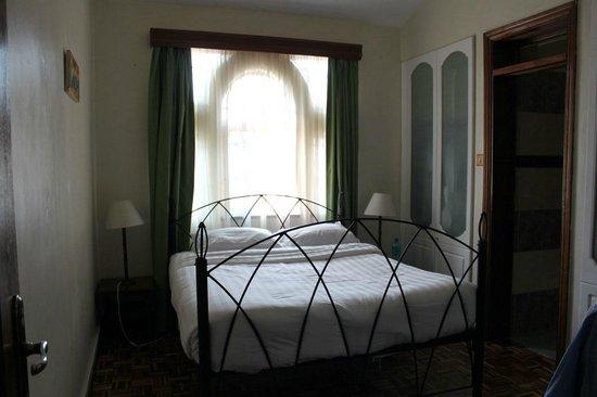 Tara Suites:                                                       one of our ensuite bedrooms