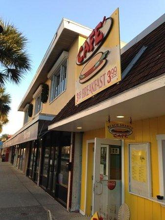 Beach Shanty Cafe: great spot for breakfast