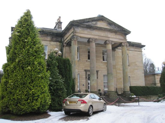 Balbirnie House:                   beautiful building