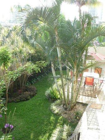 Casa Isabella Costa Rica:                   Casa Isabella - cosy terrace