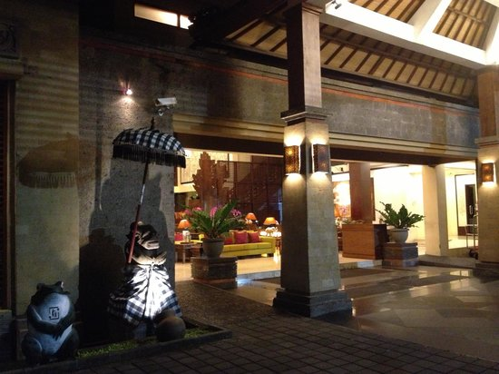 Risata Bali Resort & Spa:                   The entrance