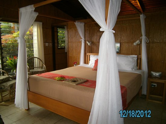 Coconut Grove Beachfront Cottages: Our Bure