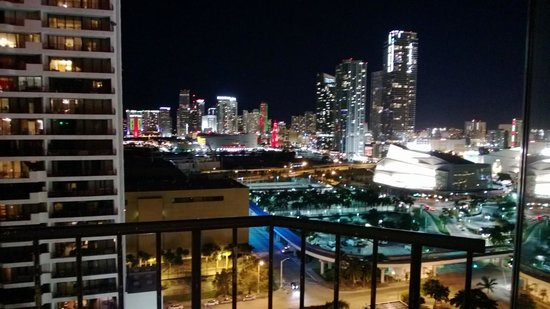 Miami Marriott Biscayne Bay: Stunning City Views