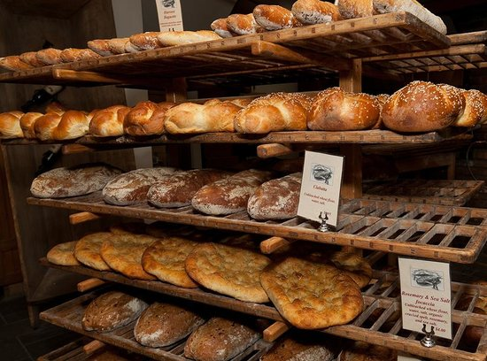 Harvest Market : fresh breads (sooo yummy)