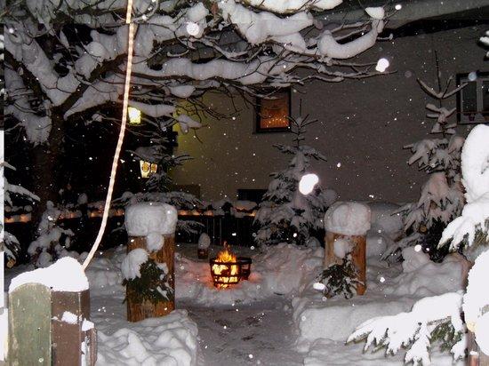Gasthaus Gruttenstein:                   Winterlicher Biergarten