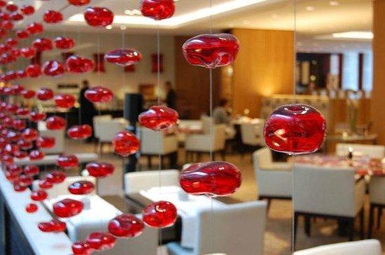 bar fifty nine im InterContinental Dusseldorf:                   Dal sito web dell'hotel