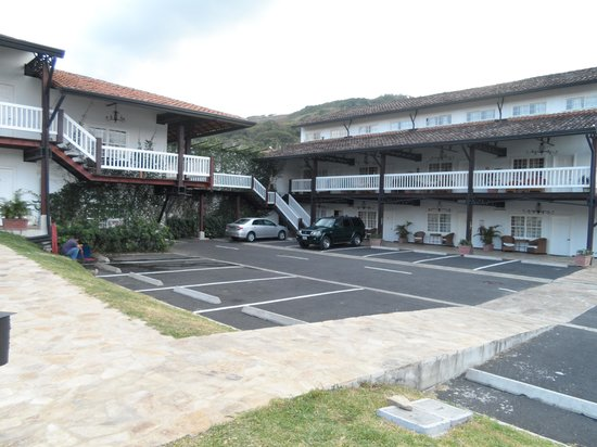 Hotel Luisiana:                   parking