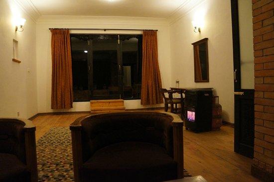 The Fort Resort: living room