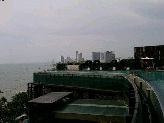 Hilton Pattaya: Swimming pool