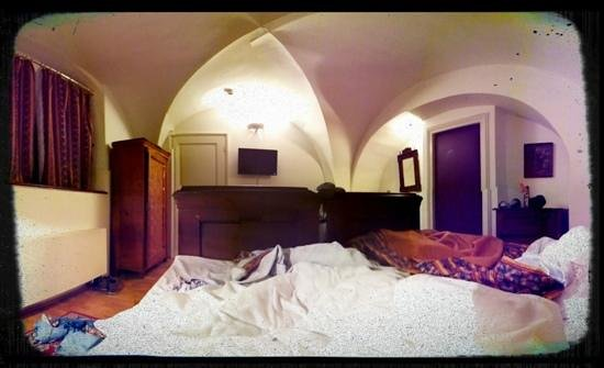Hotel Waldstein:                                     room interior (taken from the bed)