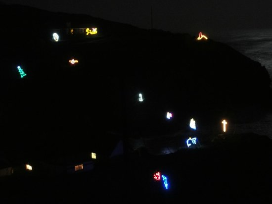 Cadgwith Cove Inn Restaurant:                   Weihnachtsbeleuchtung von Cadgwith