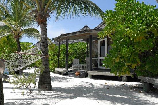 Kuredu Island Resort & Spa:                   Notre Beach villa jacuzzi