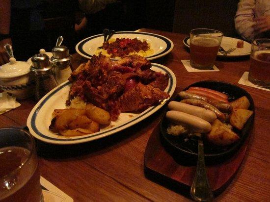 King Ludwig Beerhall : food