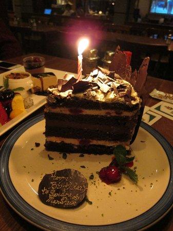 King Ludwig Beerhall : birthday cake