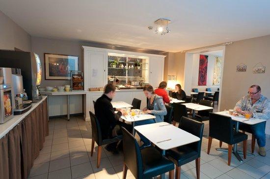 Canalview Hotel Ter Reien: ontbijtzaal
