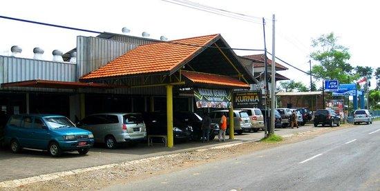 Rumah Makan Kurnia Pasuruan Jln Jend Ahmad Yani 49 51 Menu