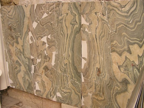 Efes Antik Kenti:                                     Wall tiles