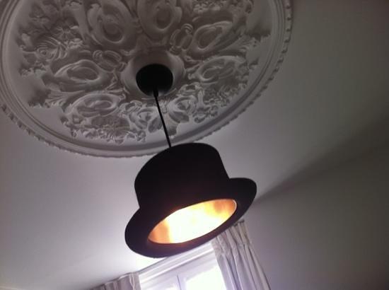First Hotel: simpatico lampadario