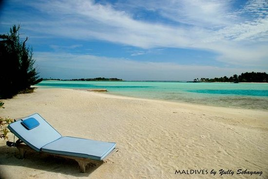 Anantara Dhigu Maldives Resort:                                     Cast away