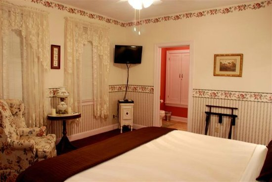 Terra Nova House B&B: English Rose Room