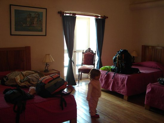 Inkarri Hostal:                   habitacion sobre la calle