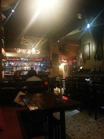 Viet Emotion Sapa Coffee and Restaurant: Cosy restaurant