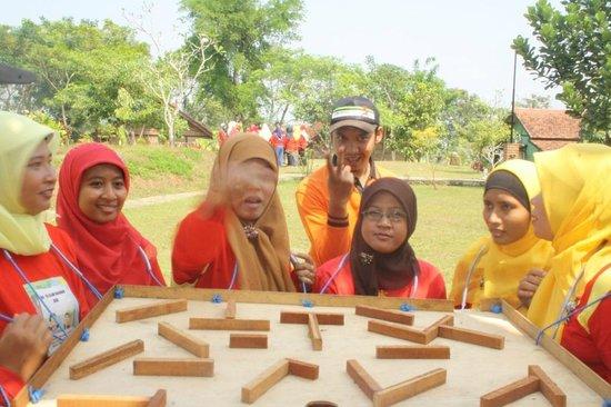 Pancawati, Indonésia:                   games9