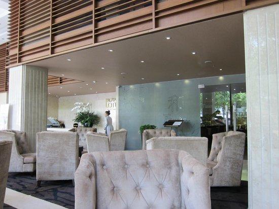 Paragon Saigon Hotel: Lobby