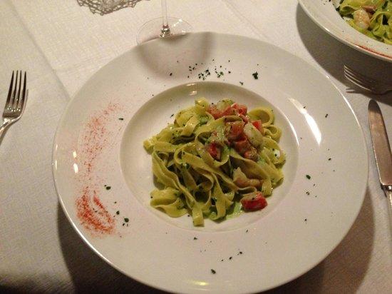 Wine & Dine :                   Pasta with pesto