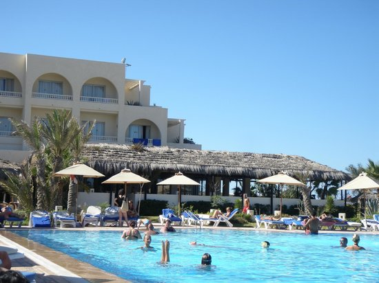 Djerba Mare: hotel e bar all'aperto