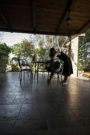 Antico Casale: portico