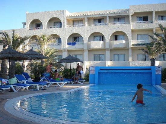 Djerba Mare: esterno dell'hotel