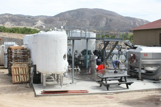 Keyways Vineyard and Winery: tank area